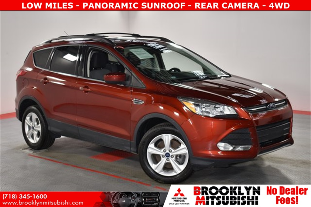 Pre-Owned 2016 Ford Escape SE